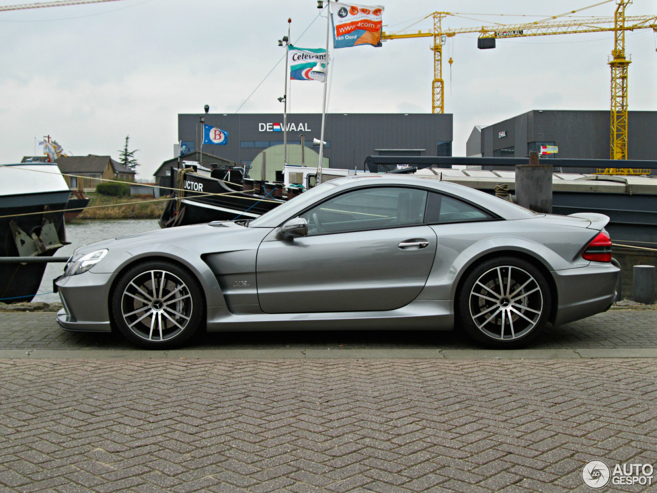 Mercedes benz sl 65 amg black series 18 december 2015 for Mercedes benz sl65 amg black series for sale