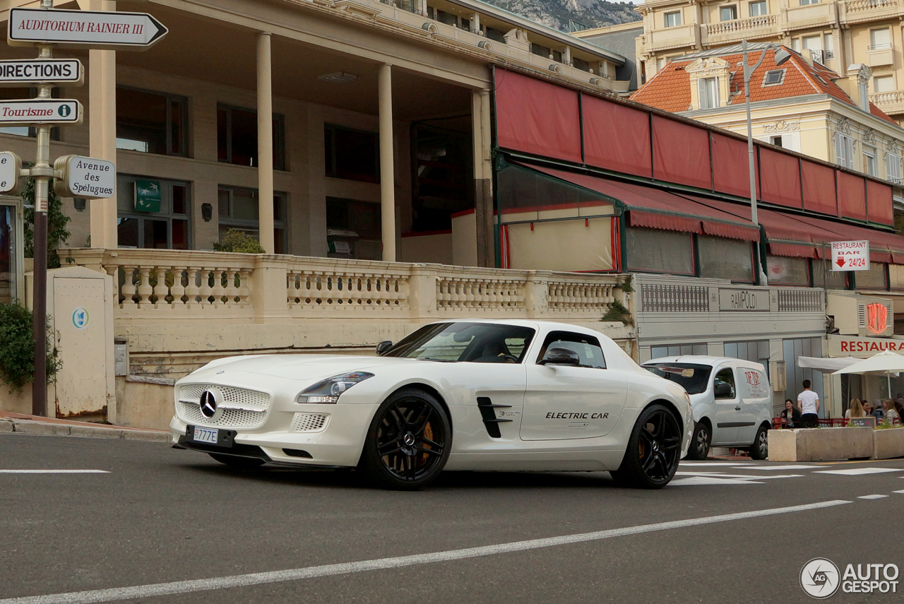 Mercedes benz sls amg electric drive 18 december 2015 for Mercedes benz sls amg electric drive price