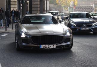 Mercedes-Benz Kicherer SLS AMG