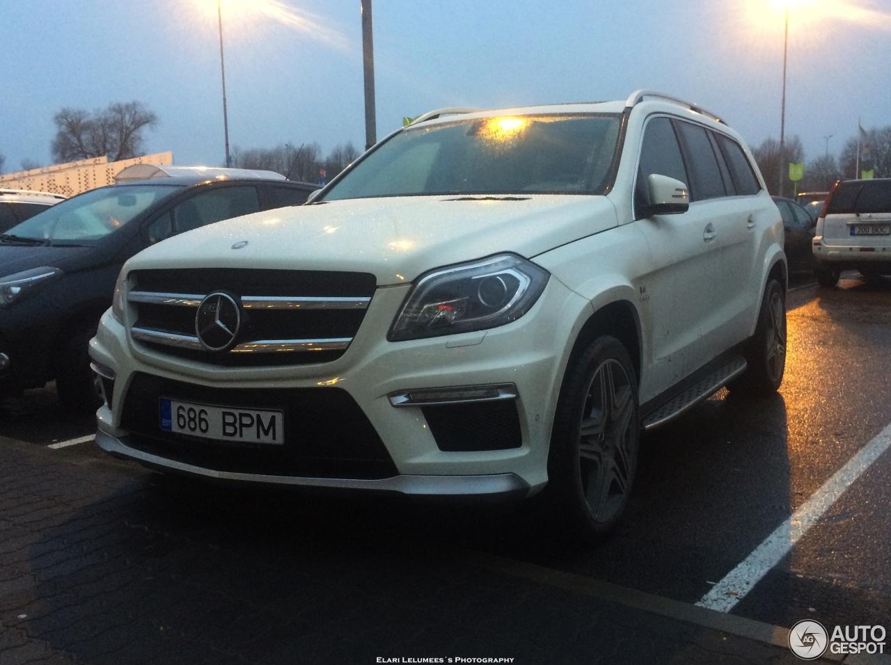 Mercedes benz gl 63 amg x166 21 december 2015 autogespot for Mercedes benz gl amg 2015