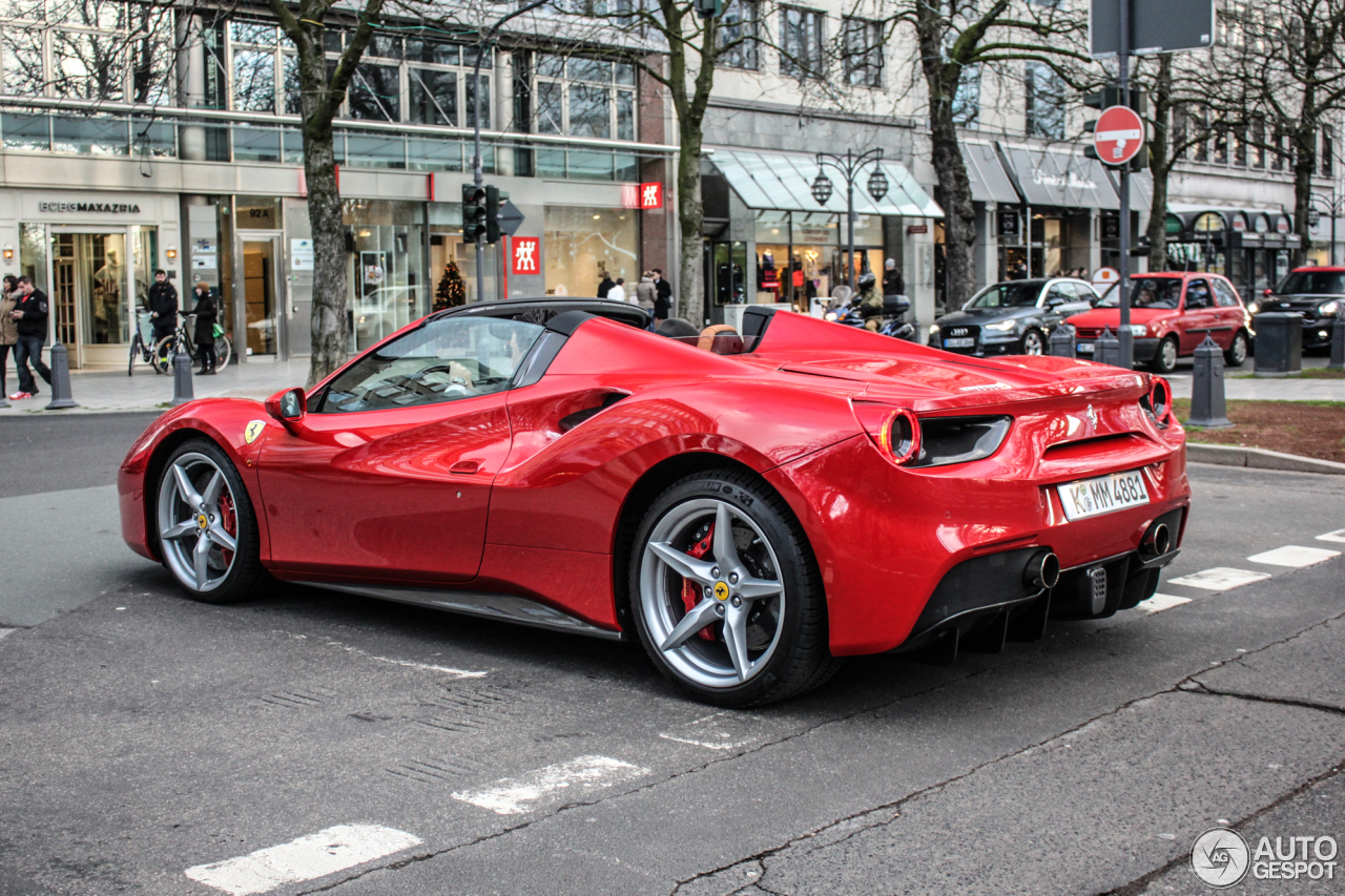 ferrari 488 spider 23 dcembre 2015 autogespot. Black Bedroom Furniture Sets. Home Design Ideas