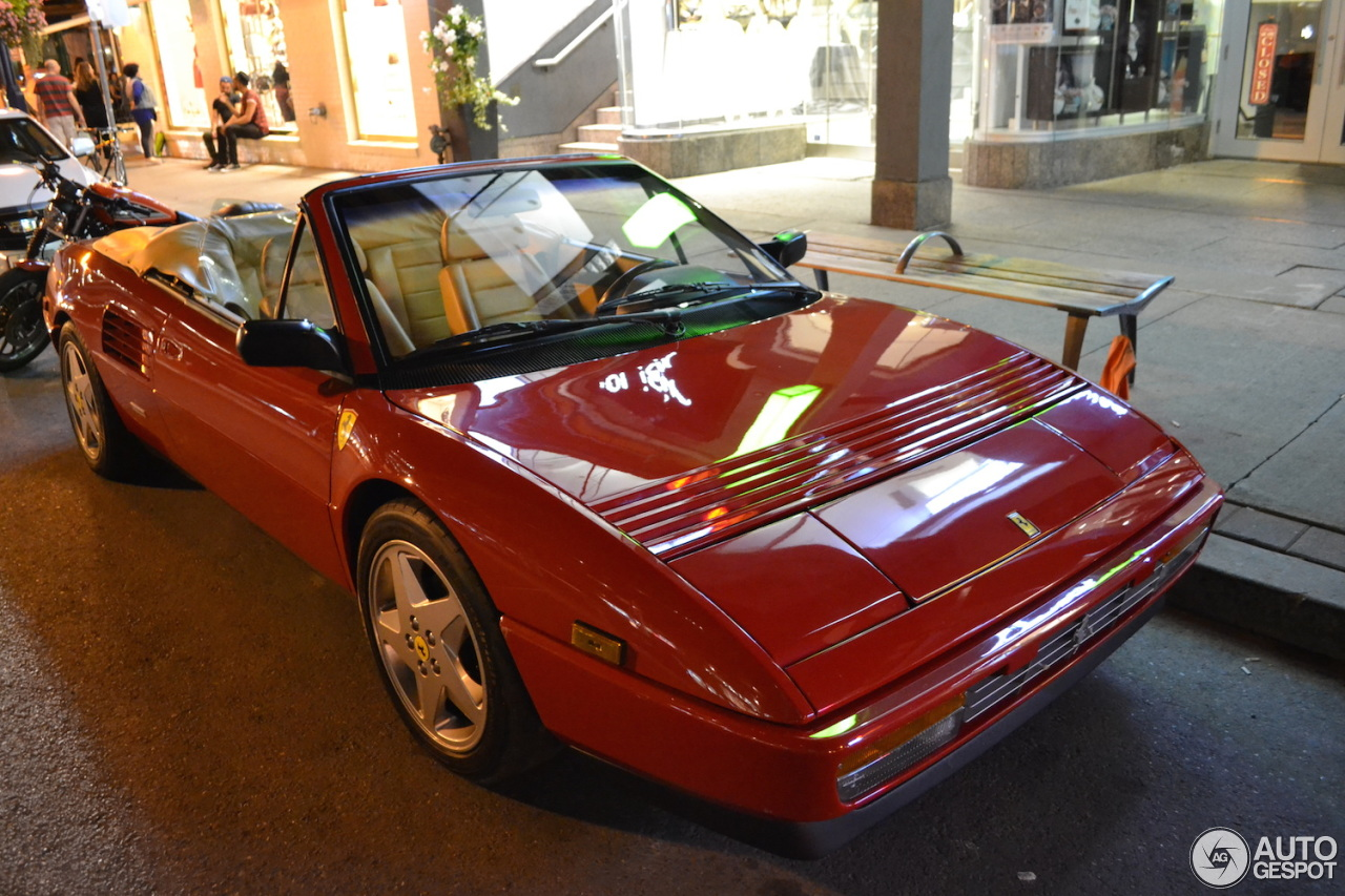 ferrari mondial t cabriolet 25 december 2015 autogespot. Black Bedroom Furniture Sets. Home Design Ideas