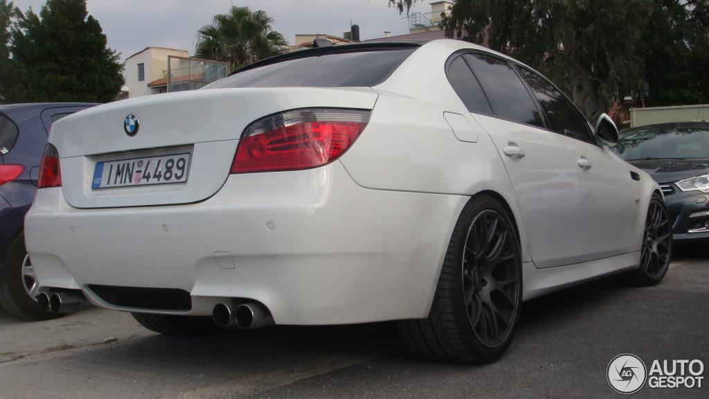 BMW M5 E60 2007 - 27 December 2015 - Autogespot
