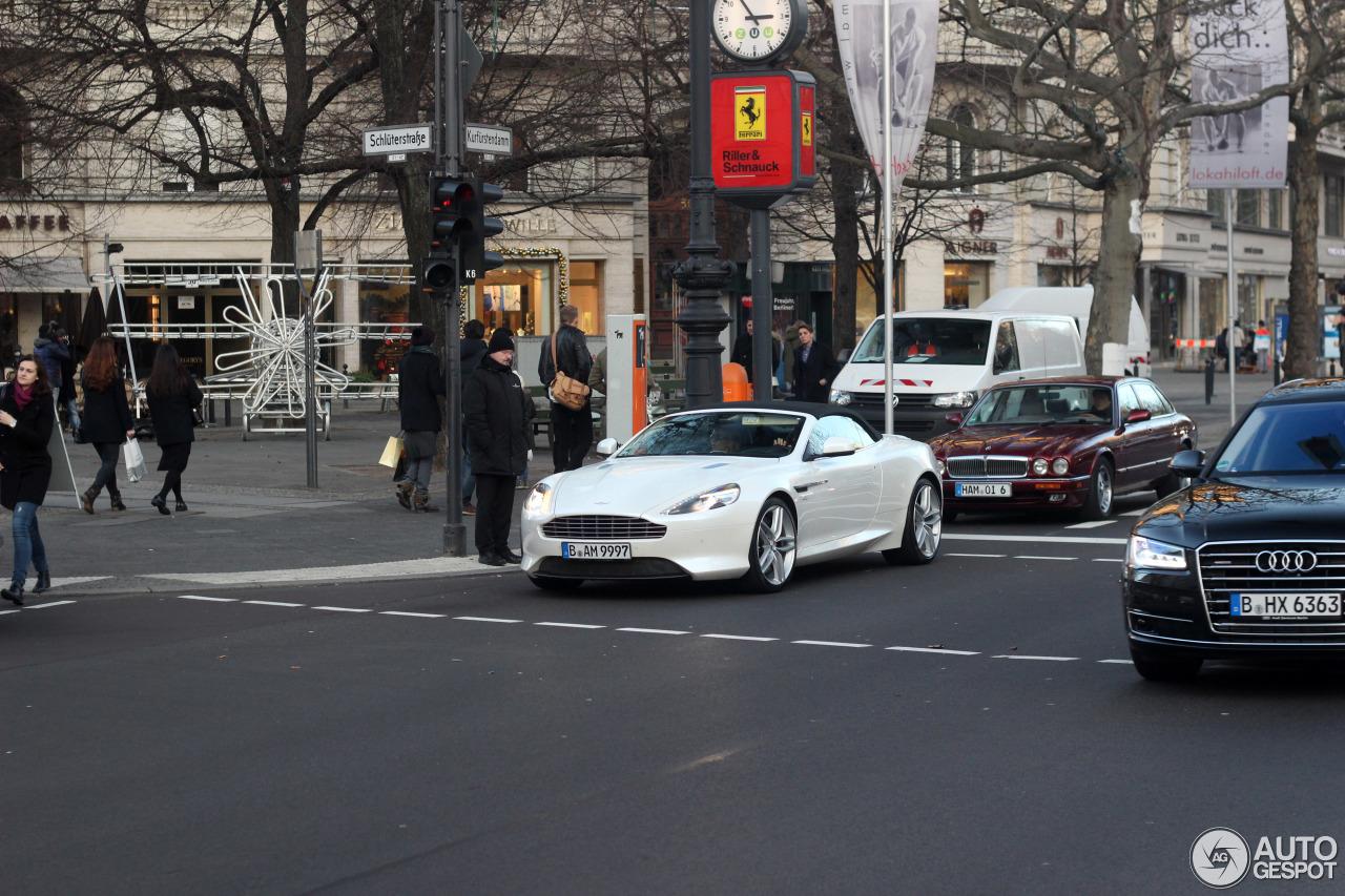 Aston Martin DB9 Volante 2013 9