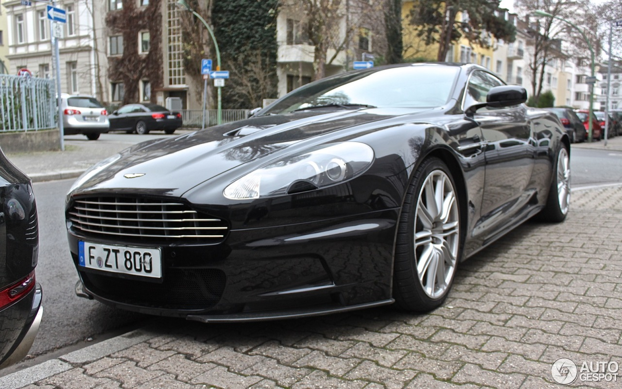 aston martin dbs 30 dezember 2015 autogespot. Black Bedroom Furniture Sets. Home Design Ideas