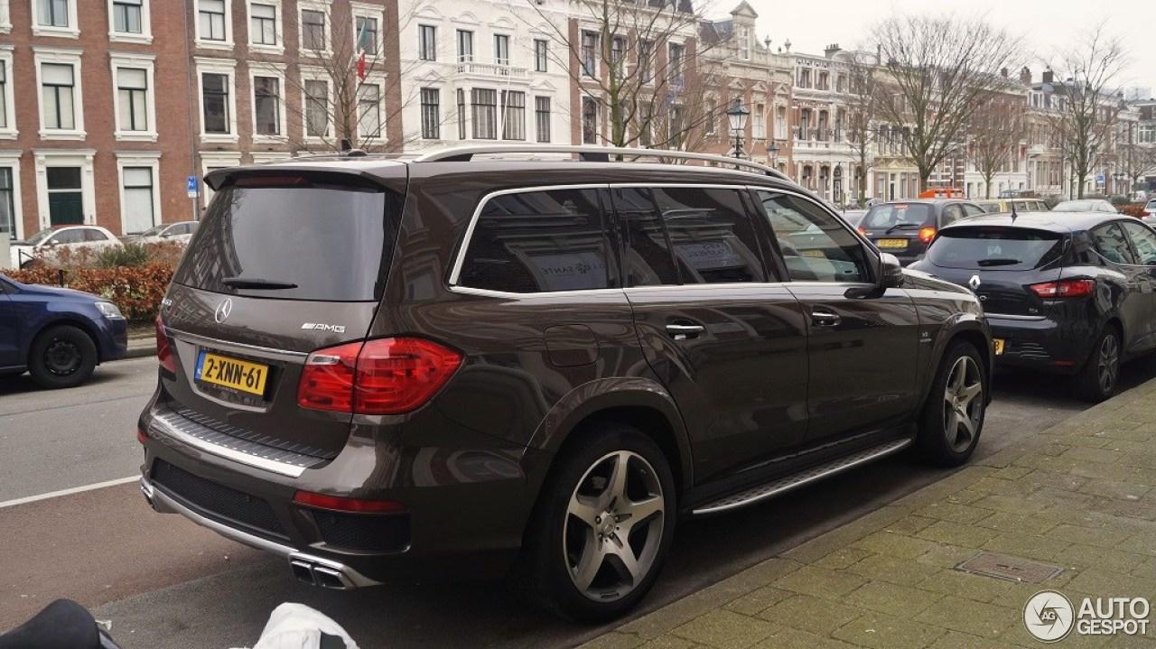 Mercedes benz gl 63 amg x166 12 february 2015 autogespot for Mercedes benz gl amg 2015