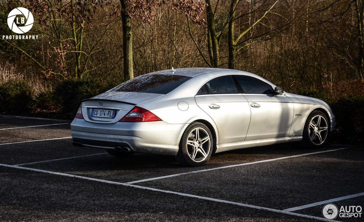 mercedes benz cls 63 amg c219 2008 14 february 2015 autogespot. Black Bedroom Furniture Sets. Home Design Ideas