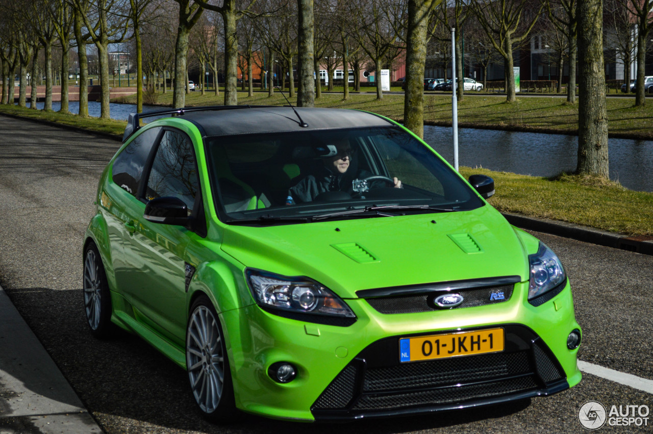 ford focus rs 2009 23 februar 2015 autogespot. Black Bedroom Furniture Sets. Home Design Ideas
