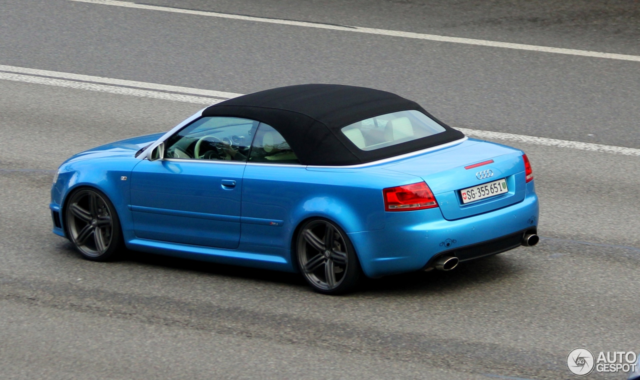 audi rs4 cabriolet 28 february 2015 autogespot. Black Bedroom Furniture Sets. Home Design Ideas