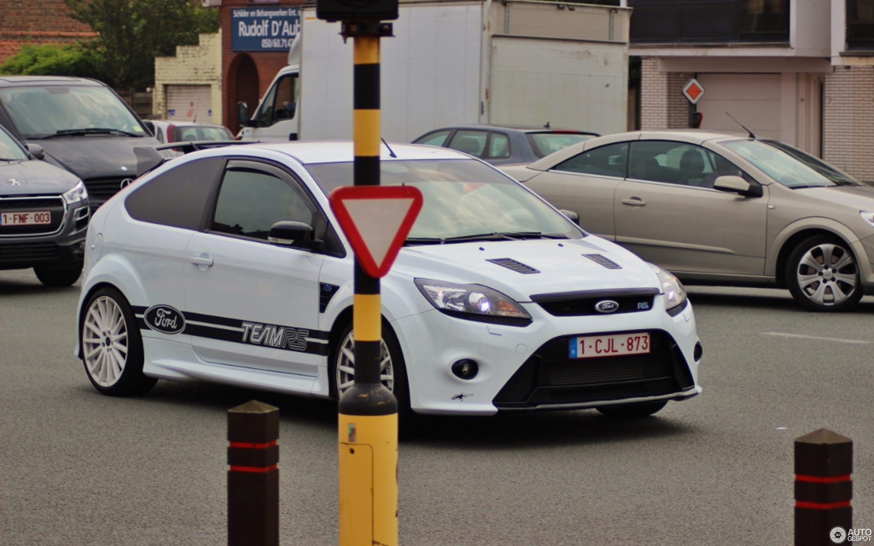 ford focus rs 2009 berghen tuning 1 marzo 2015 autogespot. Black Bedroom Furniture Sets. Home Design Ideas