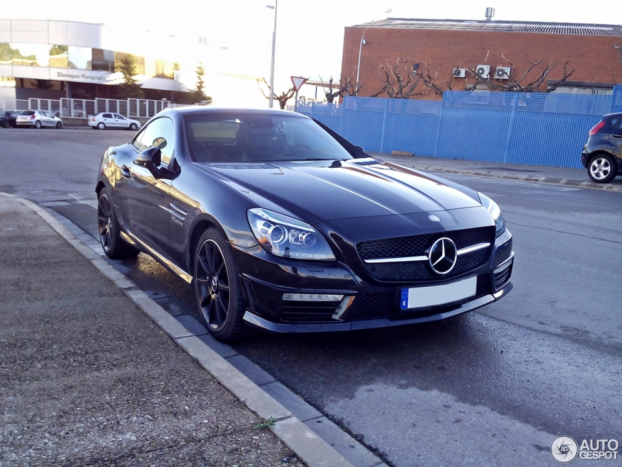 mercedes benz slk 55 amg r172 4 march 2015 autogespot. Black Bedroom Furniture Sets. Home Design Ideas