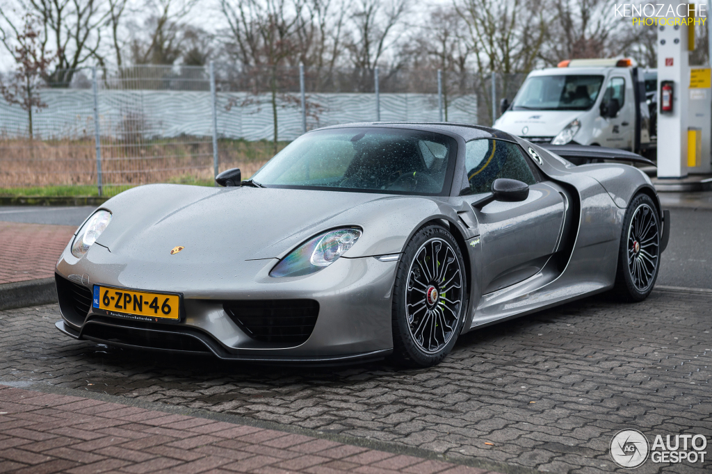 porsche 918 spyder weissach package 8 maart 2015. Black Bedroom Furniture Sets. Home Design Ideas