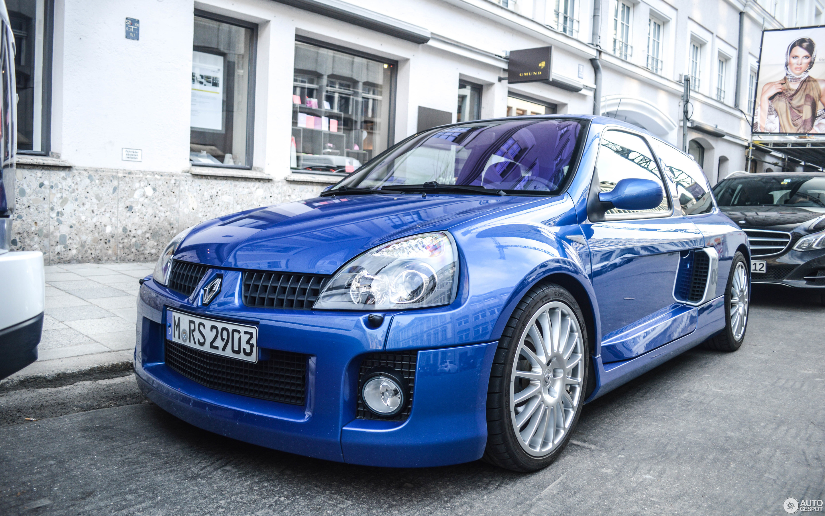 Renault Clio V6 Phase Ii 15 March 2015 Autogespot