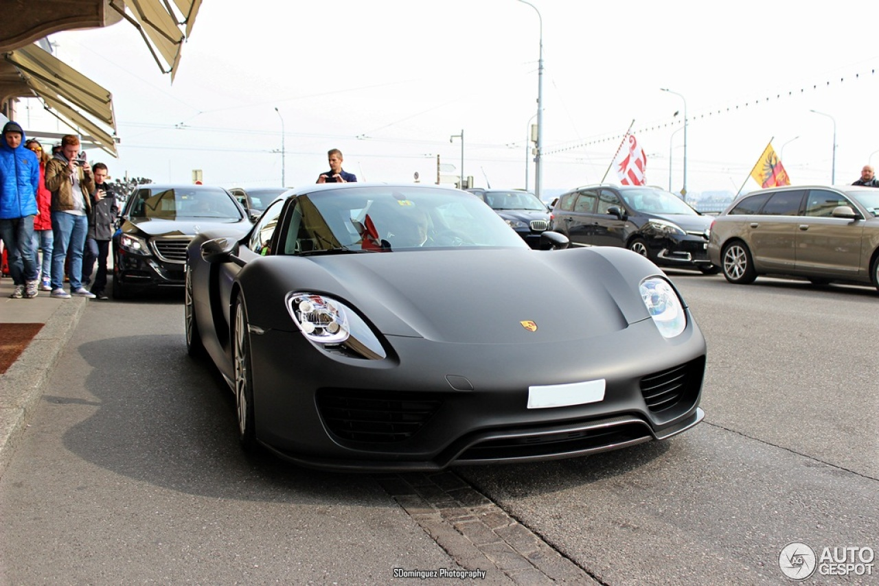 porsche 918 spyder weissach package 15 march 2015 autogespot. Black Bedroom Furniture Sets. Home Design Ideas