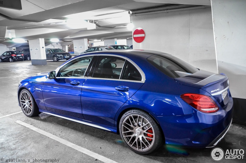 In C Mercedes Chrome Wheels