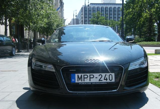 Audi R8 2013