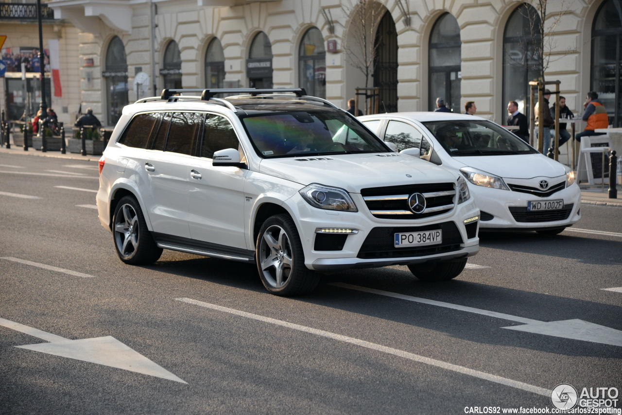 Mercedes benz gl 63 amg x166 25 marzec 2015 autogespot for Mercedes benz gl amg 2015