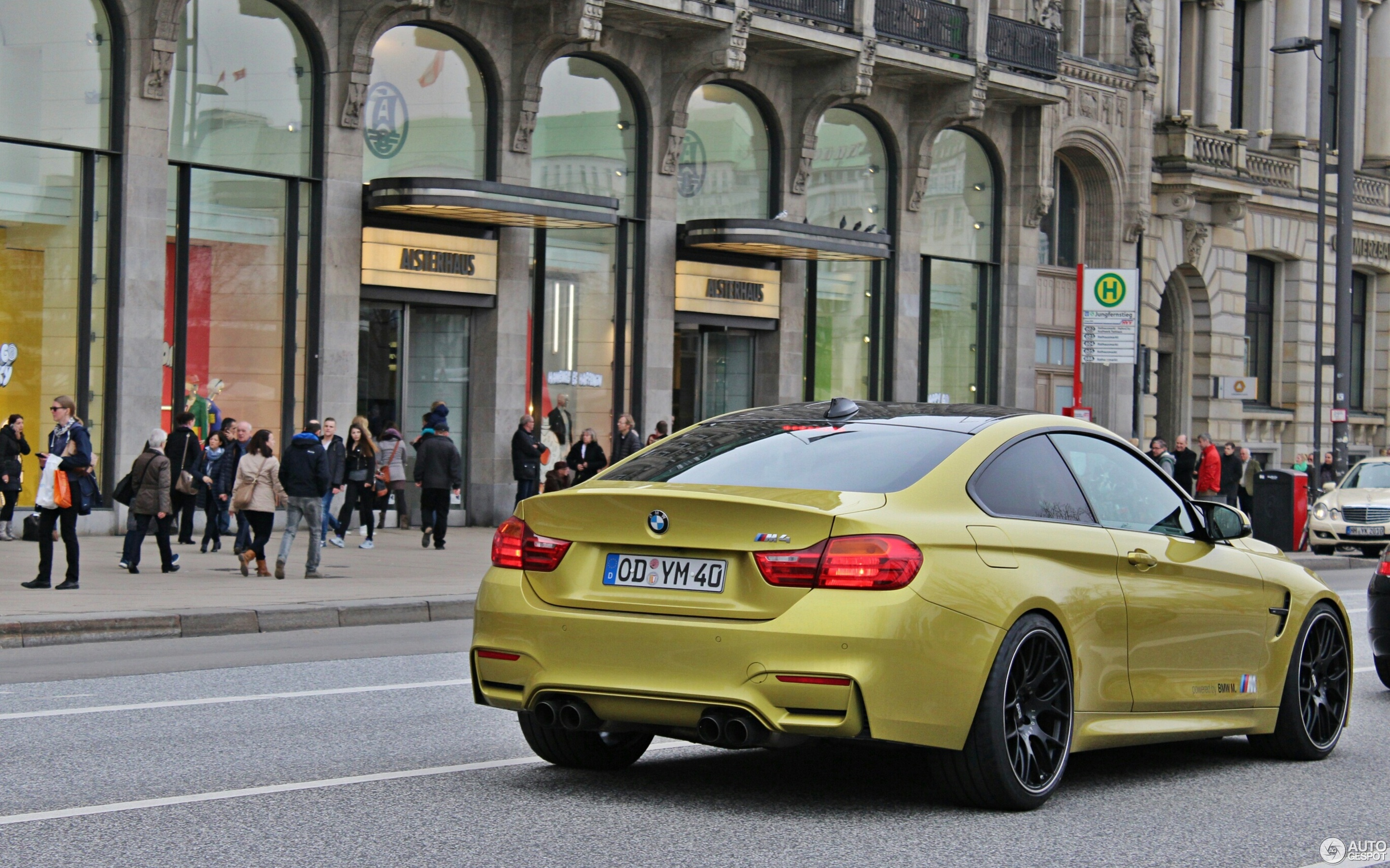 BMW M4 F82 Coupé 28 M rz 2015 Autogespot