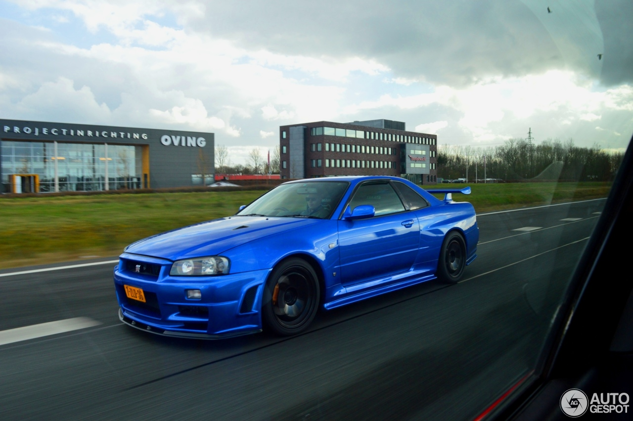 nissan skyline r34 gt r v spec 3 april 2015 autogespot. Black Bedroom Furniture Sets. Home Design Ideas