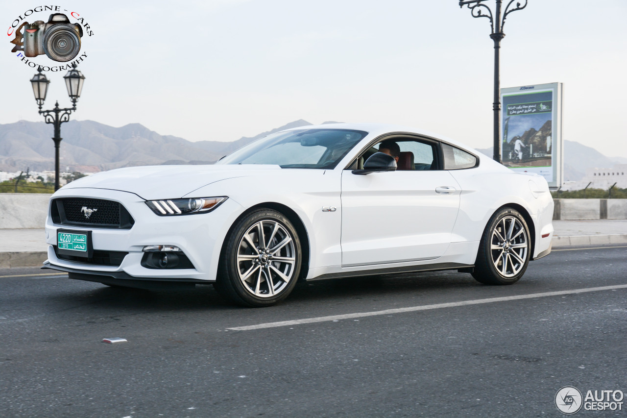 ford mustang gt 2015 10 april 2015 autogespot. Black Bedroom Furniture Sets. Home Design Ideas