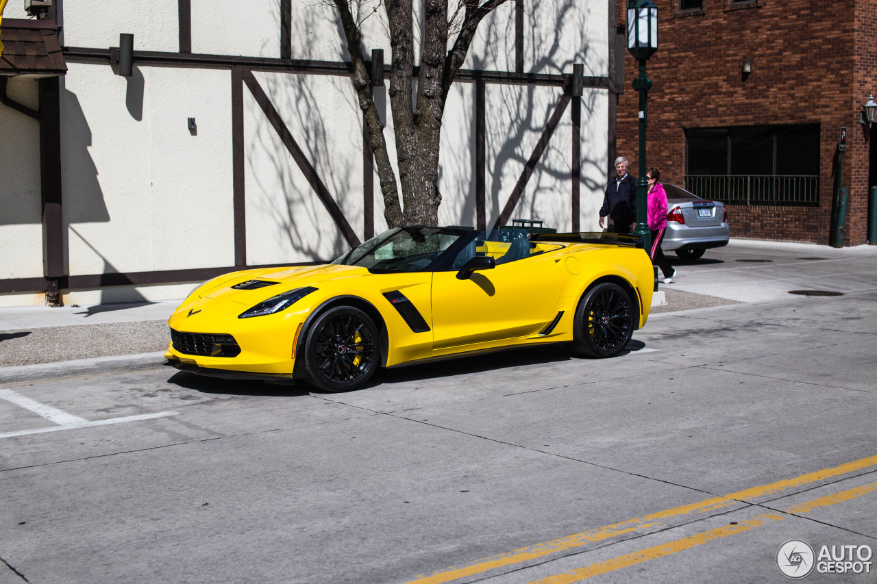 Chevrolet Corvette C7 Z06 Convertible 15 April 2015