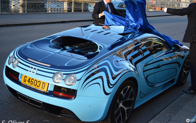 bugatti veyron 16 4 super sport le saphir bleu 15 april 2015 autogespot. Black Bedroom Furniture Sets. Home Design Ideas