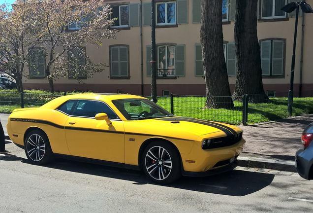 Dodge Challenger SRT-8 392 Yellow Jacket