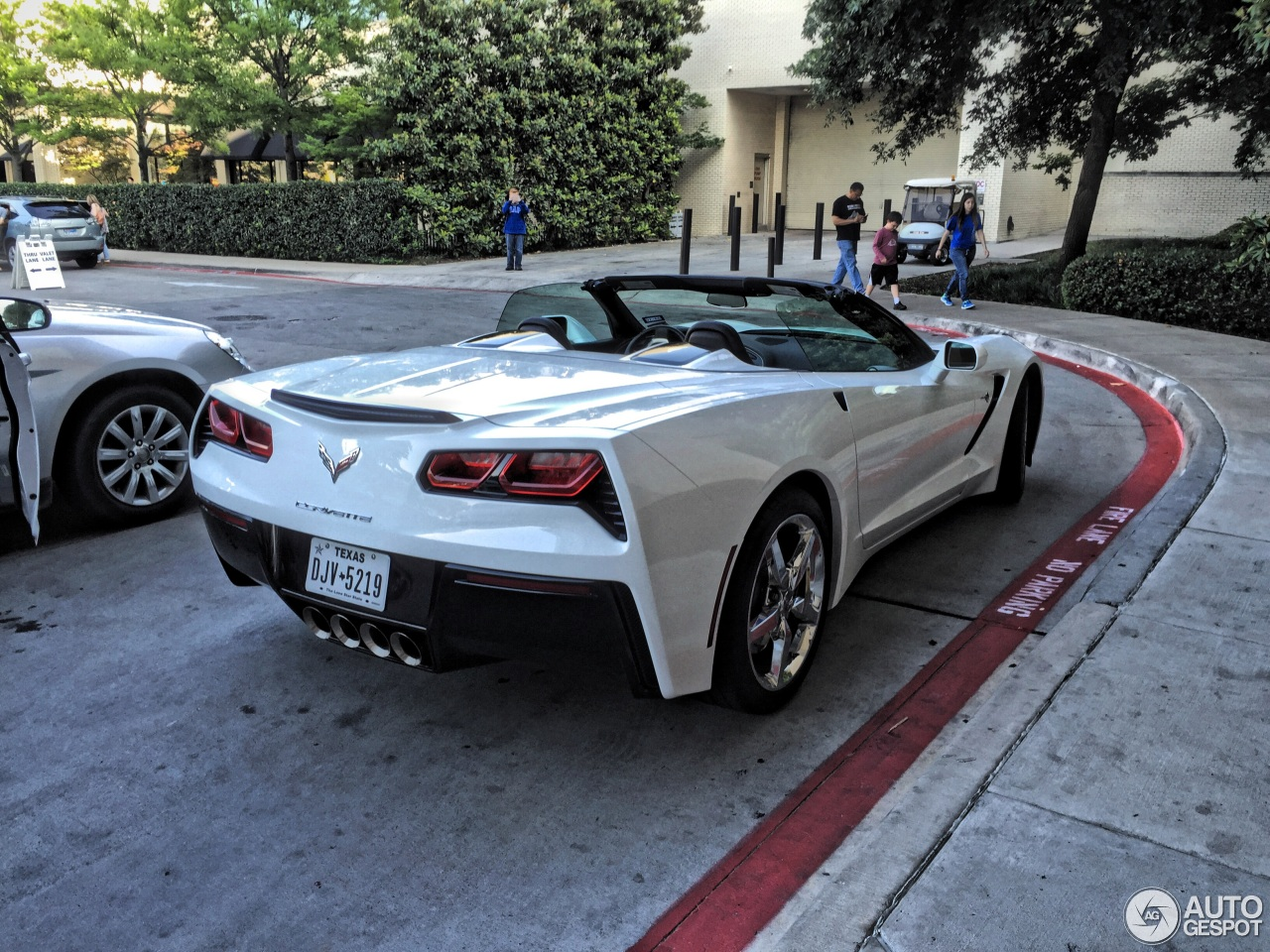 Chevrolet Corvette C7 Stingray Convertible 6 May 2015