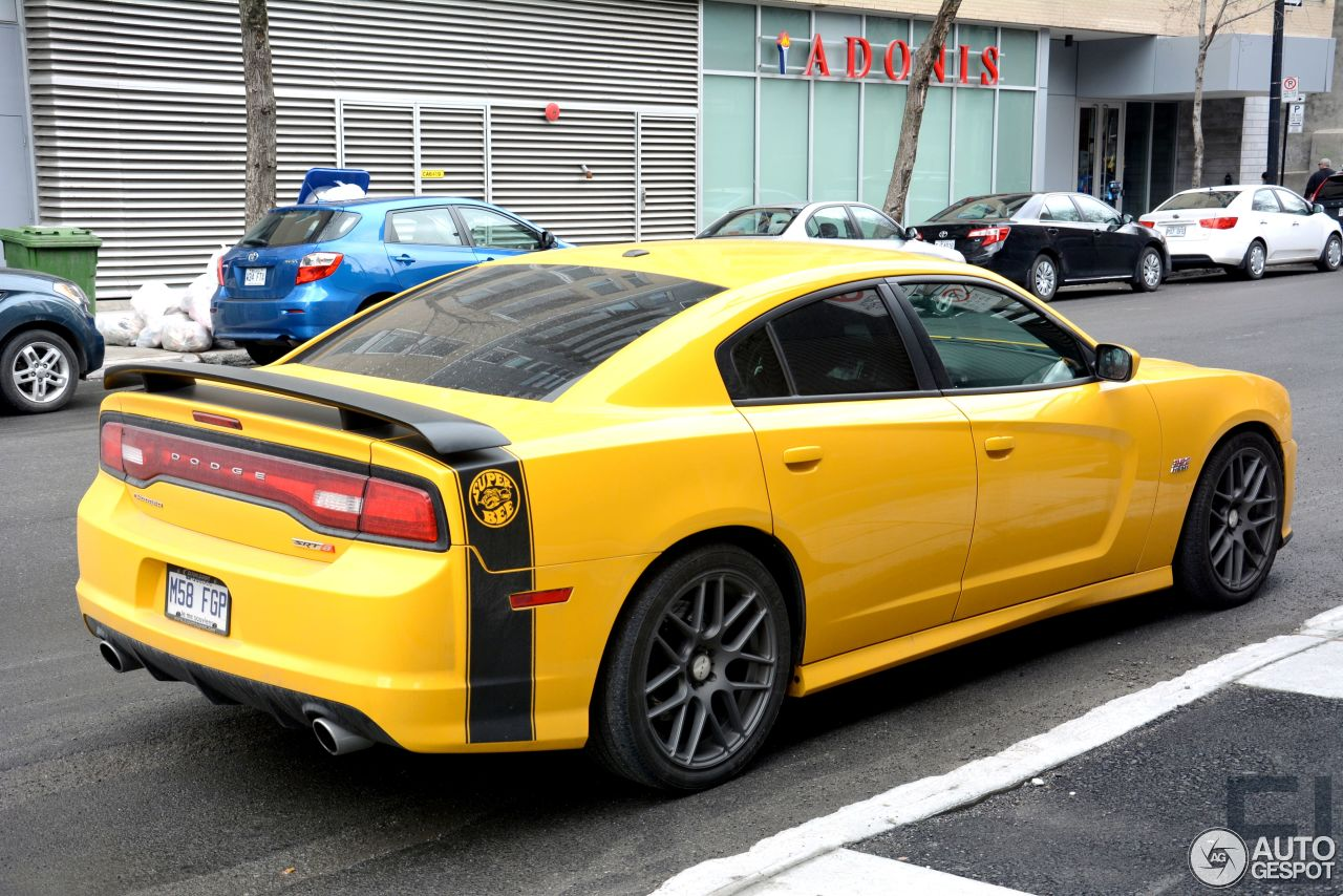 dodge charger srt 8 super bee 2012 10 may 2015 autogespot. Black Bedroom Furniture Sets. Home Design Ideas