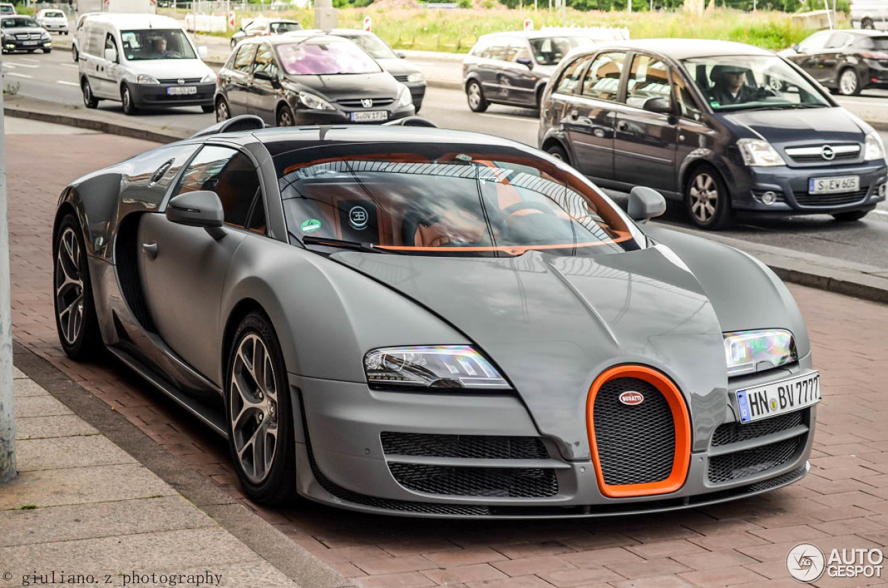 bugatti veyron 16 4 grand sport vitesse 14 may 2015 autogespot. Black Bedroom Furniture Sets. Home Design Ideas