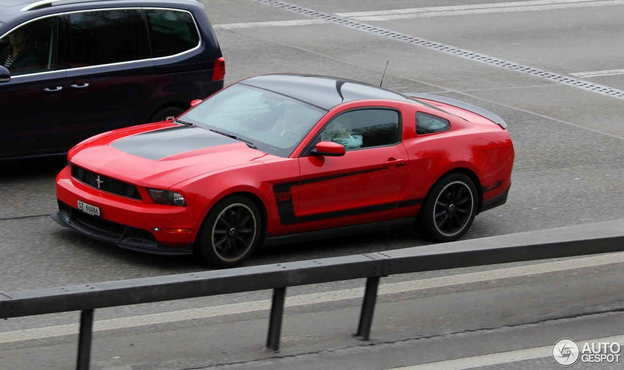 2010 Ford Mustang Boss 302R photo - 3
