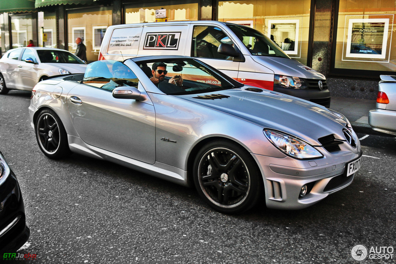 mercedes benz slk 55 amg r171 25 may 2015 autogespot. Black Bedroom Furniture Sets. Home Design Ideas