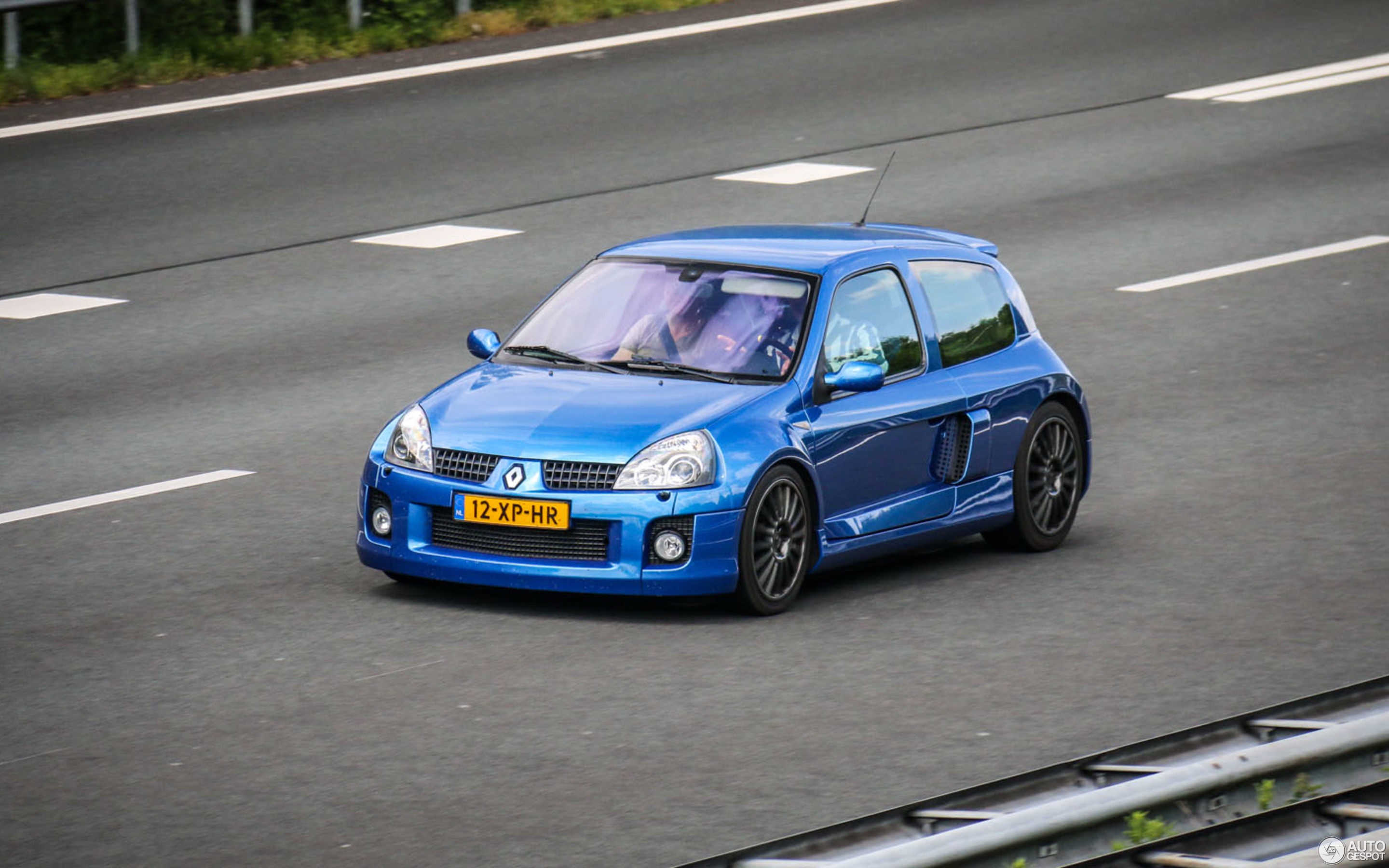 Renault Clio V6 Phase Ii 28 May 2015 Autogespot