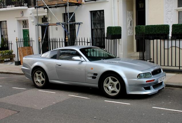 Exotic Car Spots Worldwide Hourly Updated Autogespot Aston Martin V8 Vantage V600