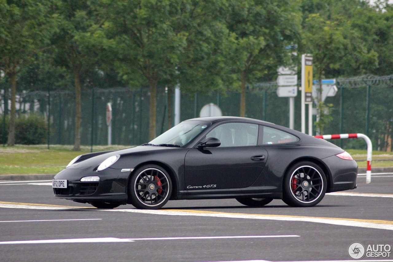 porsche 997 carrera 4 gts 25 juni 2015 autogespot. Black Bedroom Furniture Sets. Home Design Ideas