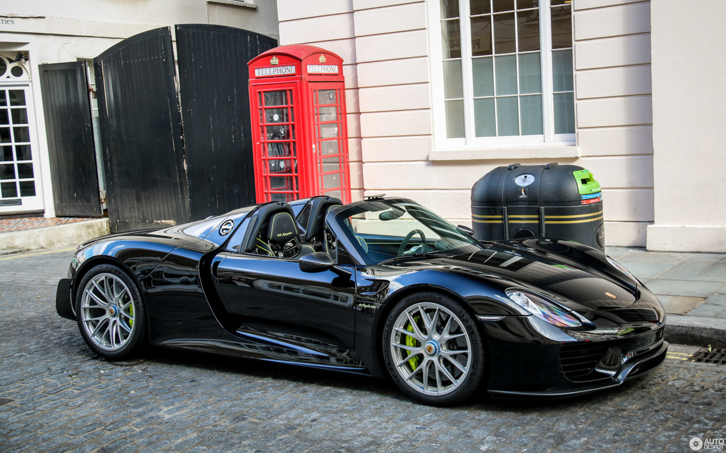 porsche 918 spyder weissach package 27 june 2015. Black Bedroom Furniture Sets. Home Design Ideas