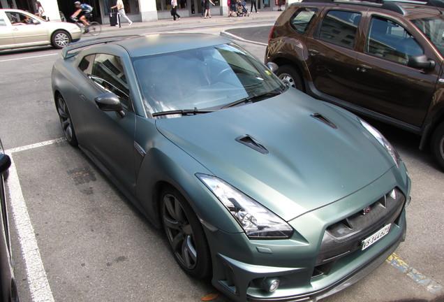 Nissan GT-R WALD Sports Line Black Bison Edition