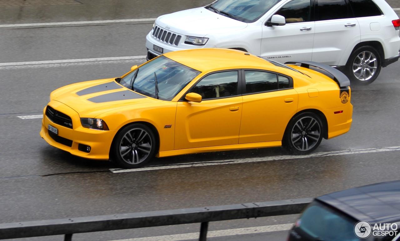 Dodge Charger Srt 8 Super Bee 2012 7 July 2015 Autogespot