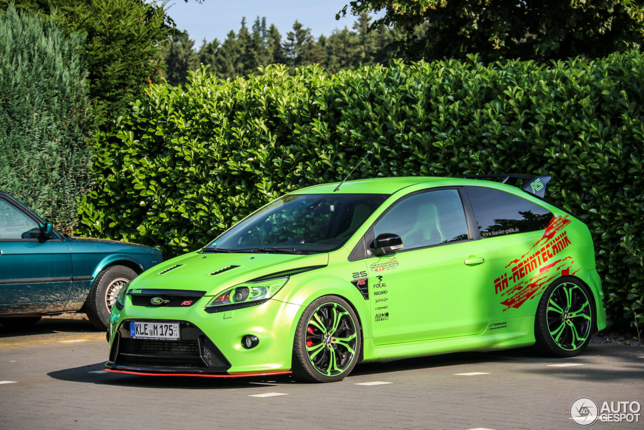 ford focus rs 2009 12 july 2015 autogespot. Black Bedroom Furniture Sets. Home Design Ideas