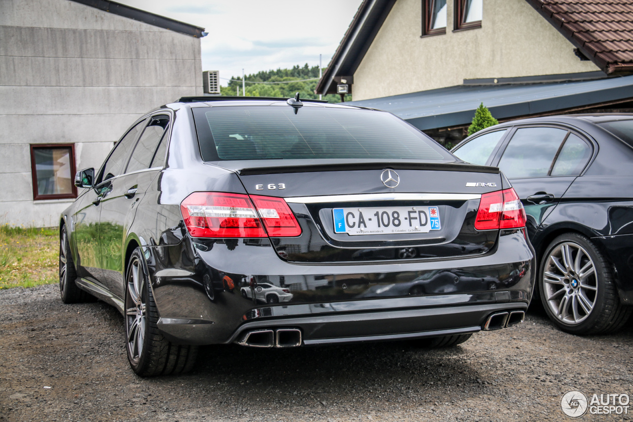 Mercedes benz e 63 amg w212 v8 biturbo 12 july 2015 for Mercedes benz amg v8 biturbo
