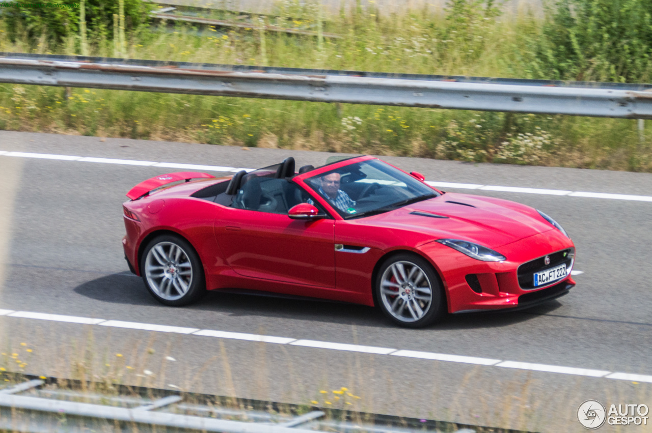 jaguar f type r convertible 15 july 2015 autogespot. Black Bedroom Furniture Sets. Home Design Ideas