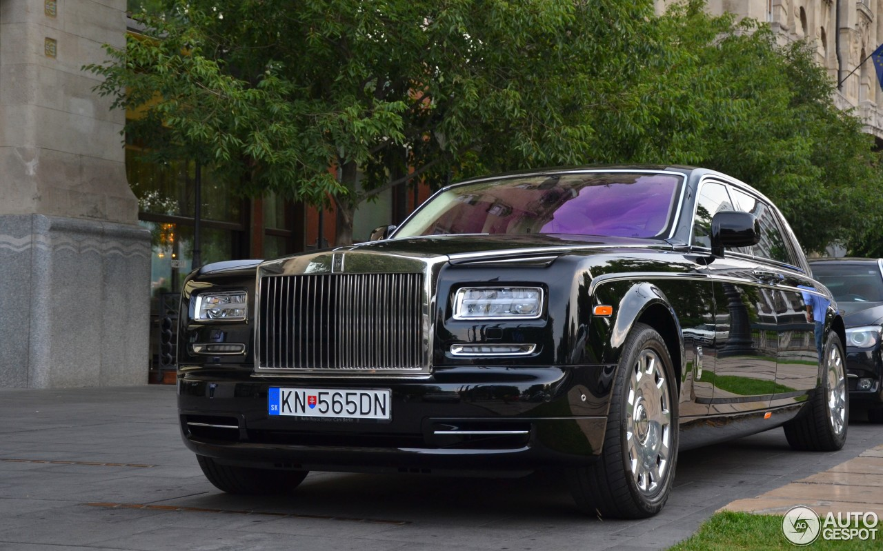 rolls royce phantom ewb series ii 18 july 2015 autogespot. Black Bedroom Furniture Sets. Home Design Ideas
