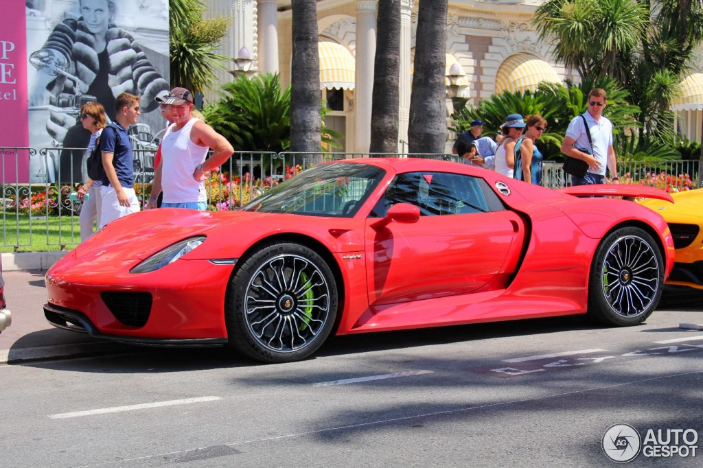 porsche 918 spyder 24 july 2015 autogespot. Black Bedroom Furniture Sets. Home Design Ideas