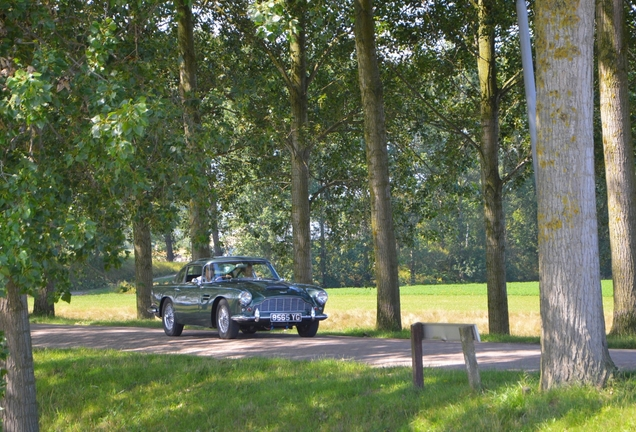 Aston Martin DB4 Series 3