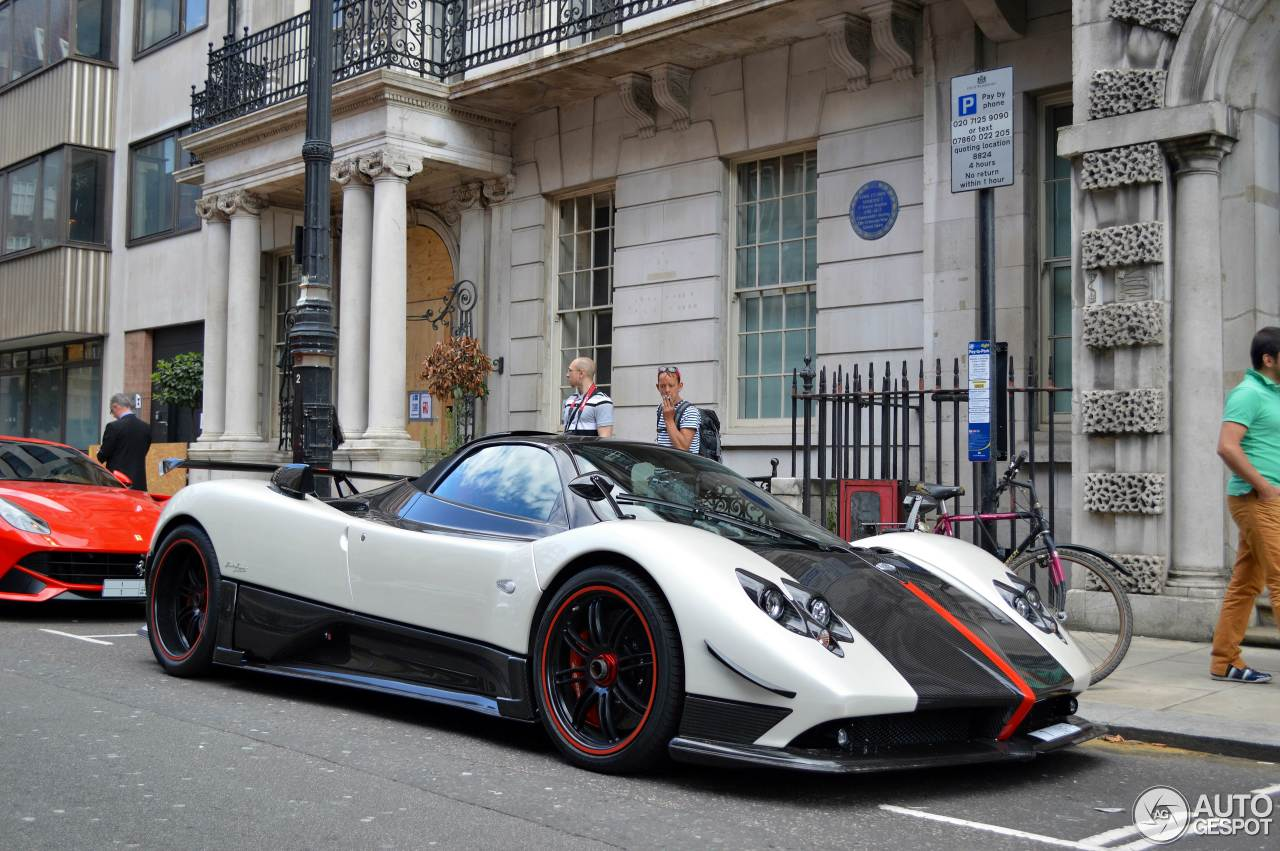 pagani zonda cinque roadster 1 august 2015 autogespot. Black Bedroom Furniture Sets. Home Design Ideas