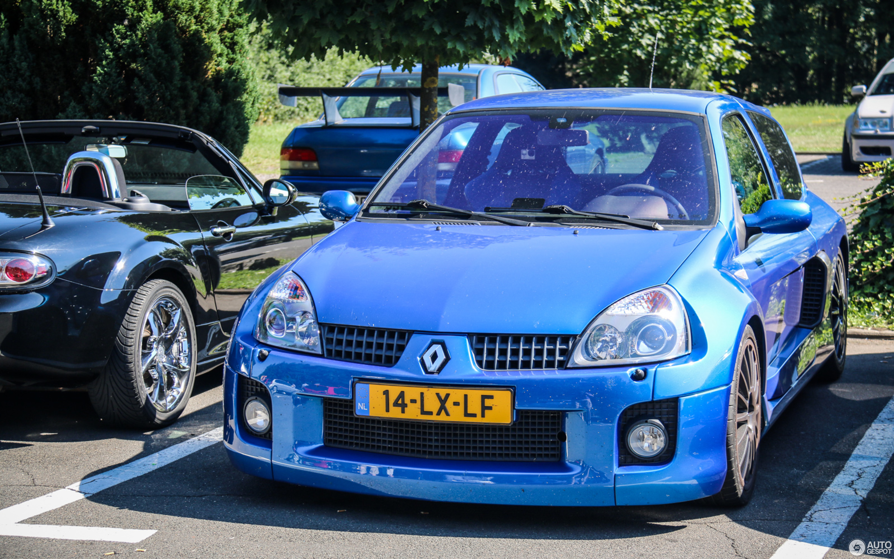 Renault Clio V6 Phase Ii 2 August 2015 Autogespot
