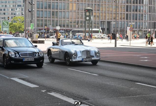 Aston Martin DB2 Drophead Coupé