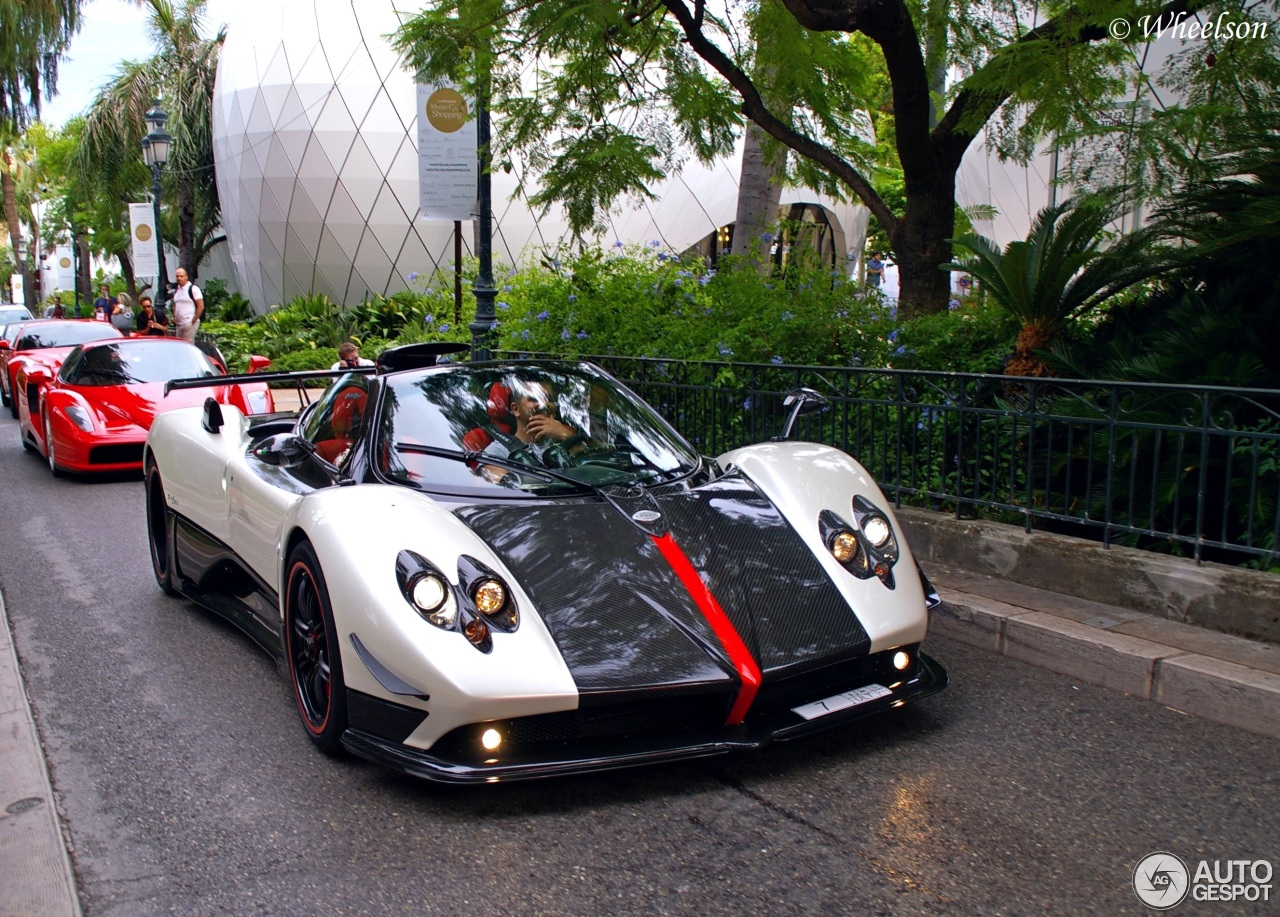 pagani zonda cinque roadster 4 august 2015 autogespot. Black Bedroom Furniture Sets. Home Design Ideas