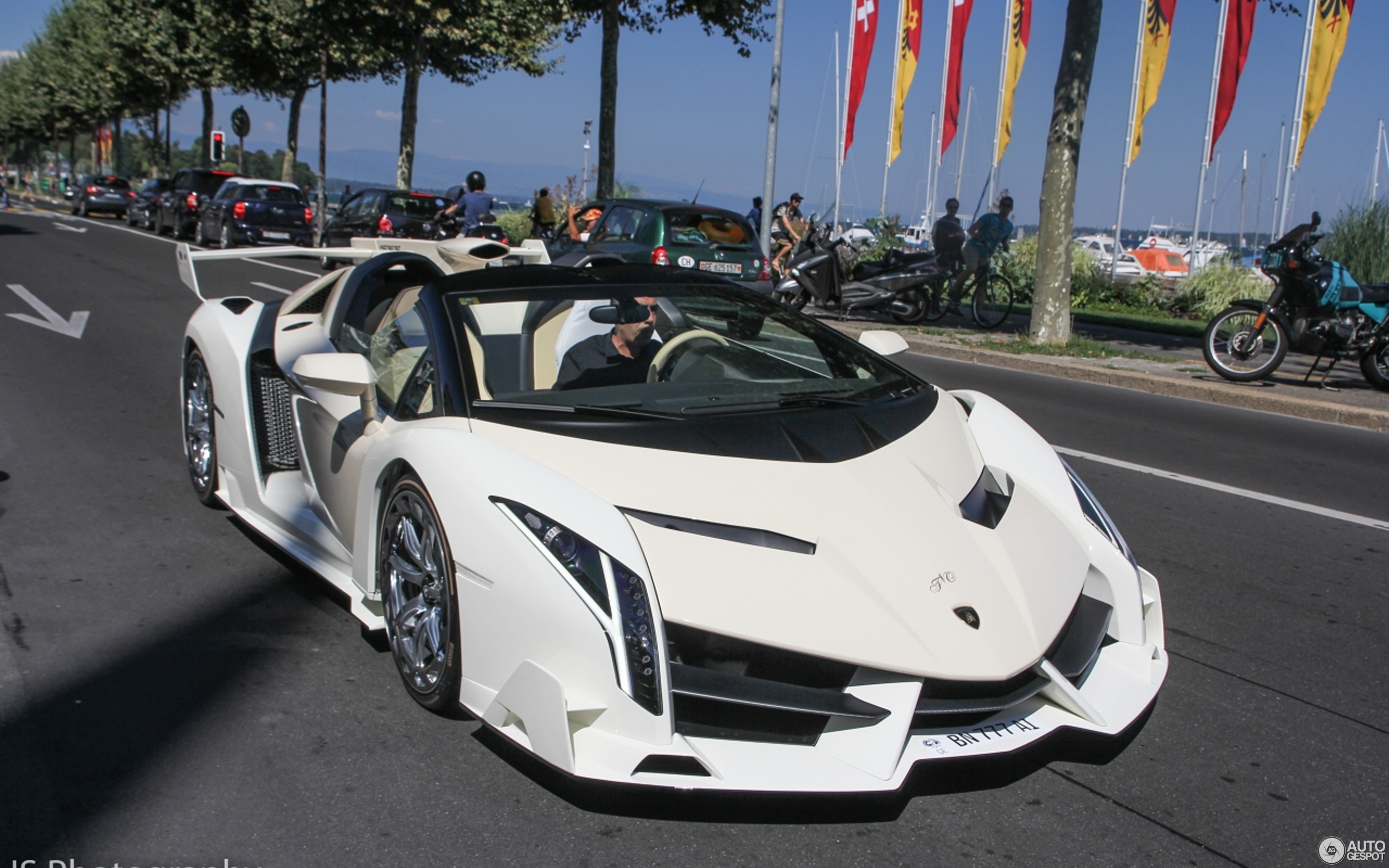 Lamborghini Veneno Roadster - 31 August 2015 - Autogespot