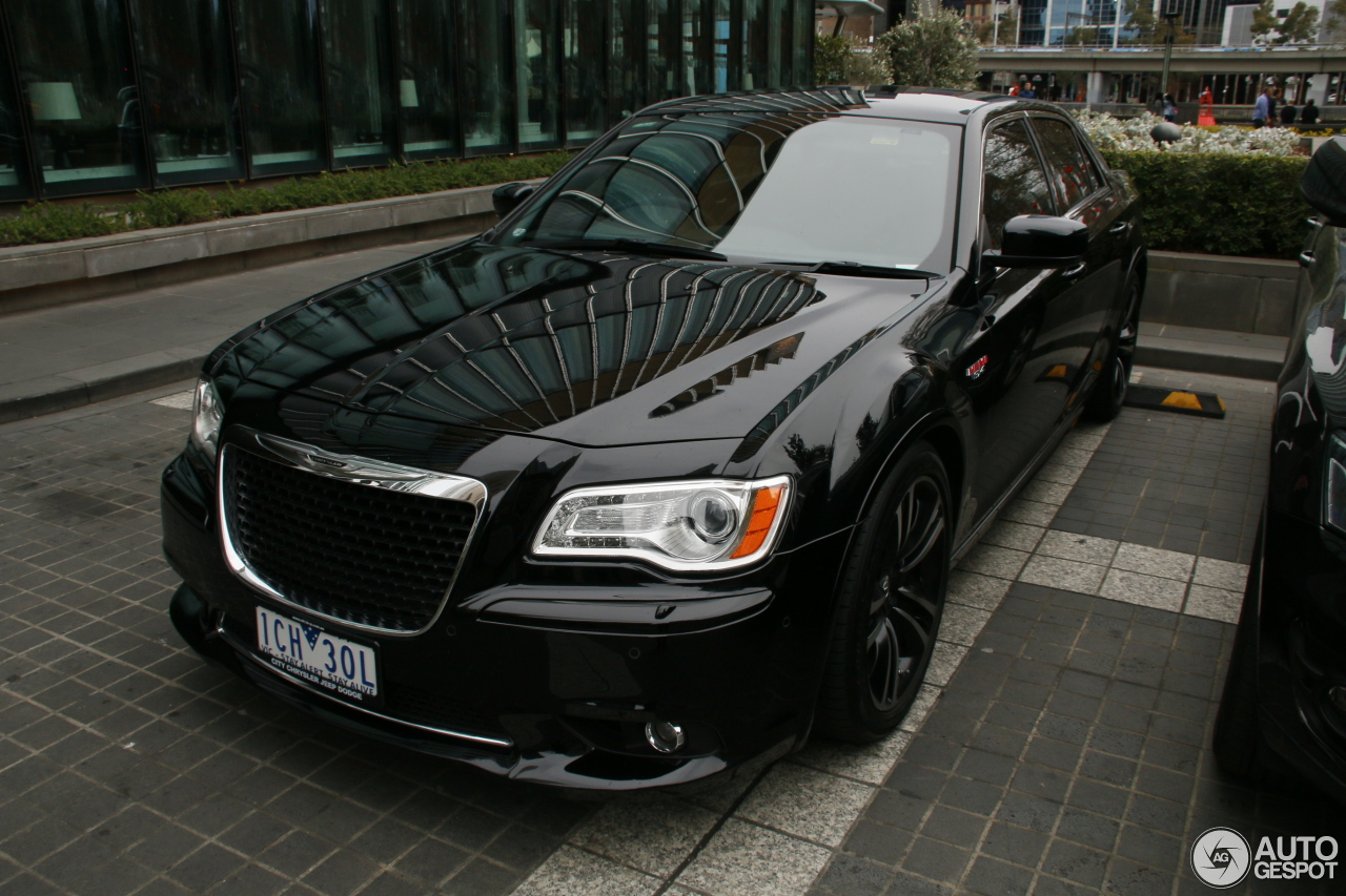 chrysler 300c srt8 2013 13 september 2015 autogespot. Black Bedroom Furniture Sets. Home Design Ideas